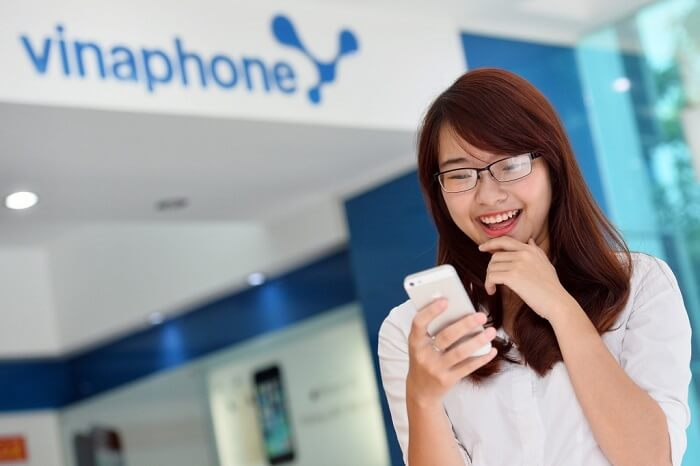 Ứng tiền Vinaphone đơn giản giúp bạn không bị gián đoạn trong công việc và cuộc sống
